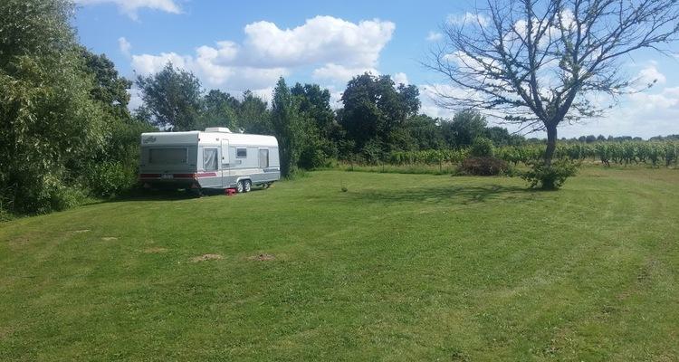 Aire camping-car à Chavagnes (49380) - Photo 3